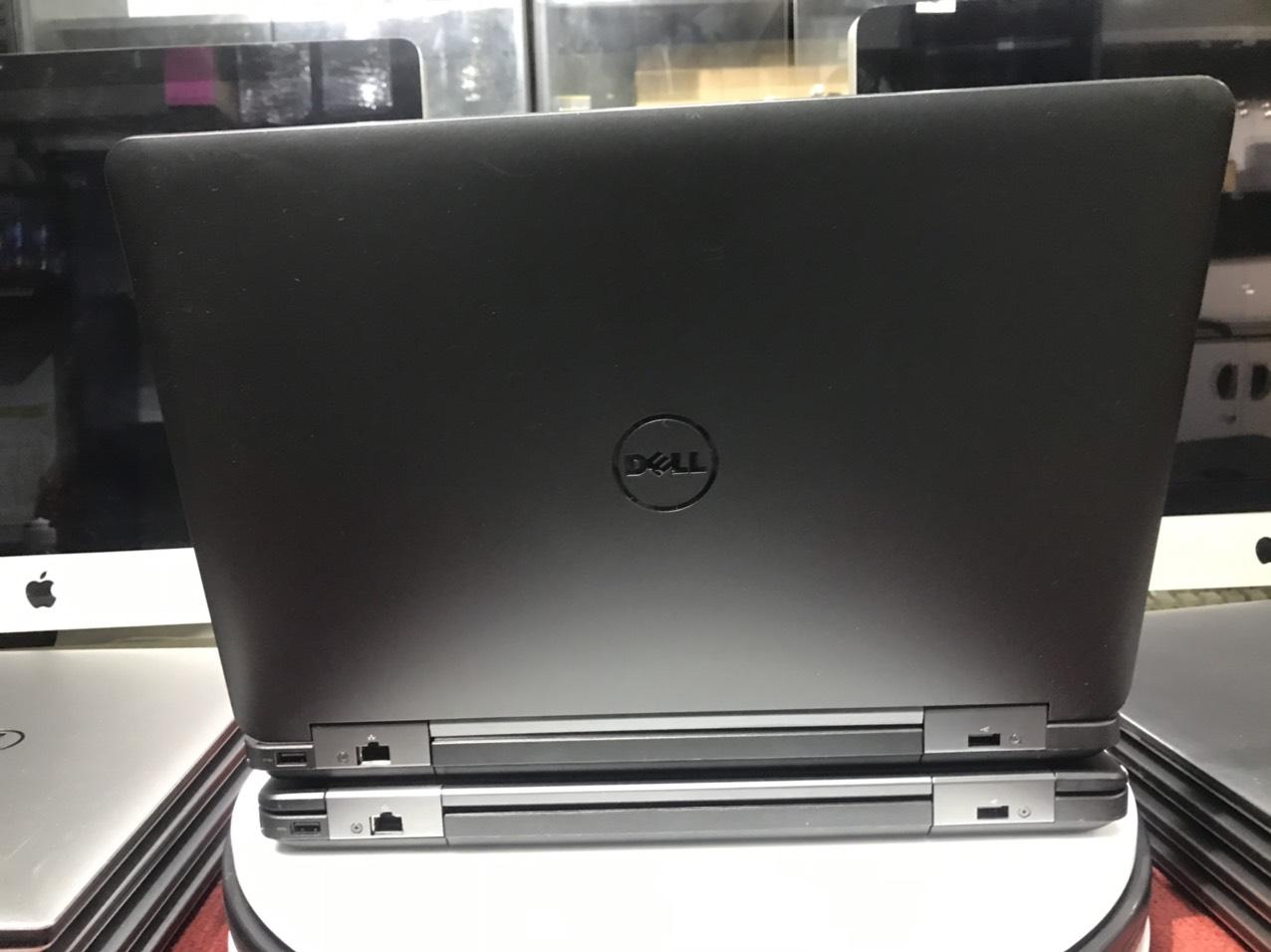 Dell Latitude E5540 (01)