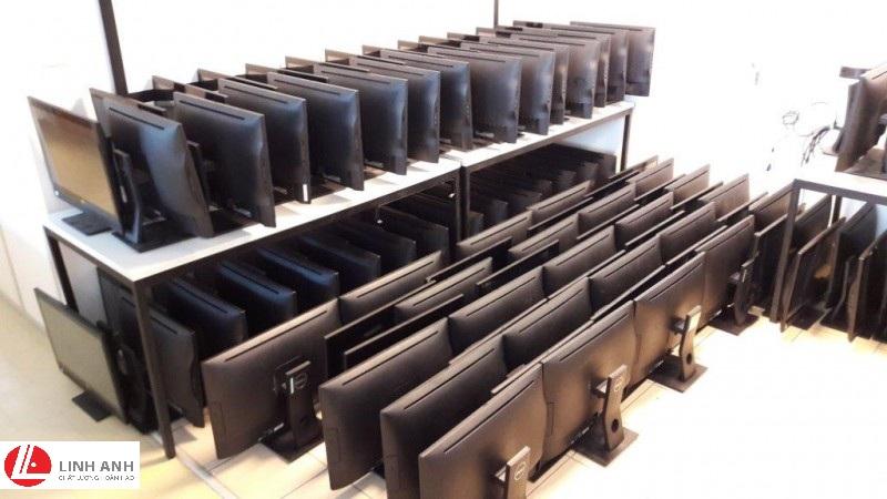 Case liền màn Dell 7440 (01)